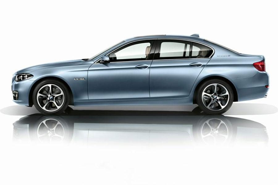 2014 BMW ActiveHybrid 5 Photo 2 of 6