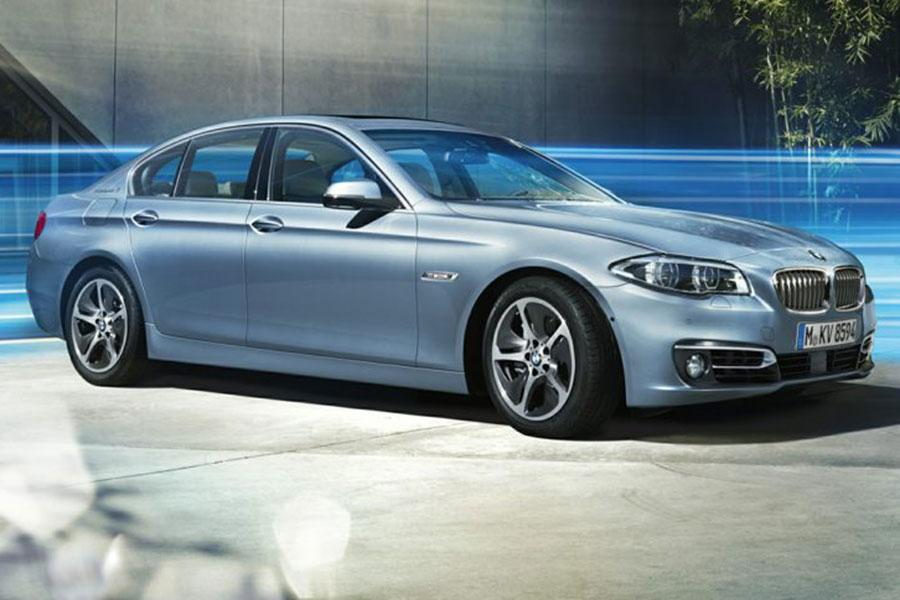 2014 BMW ActiveHybrid 5 Photo 1 of 6