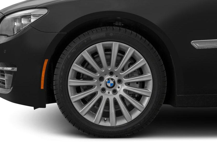 2014 BMW 740 Photo 3 of 15