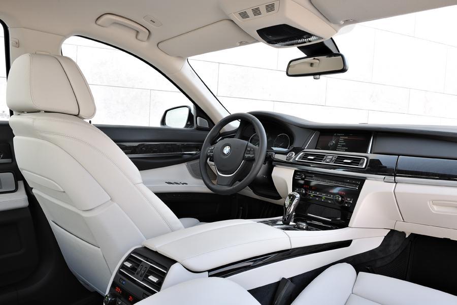 2014 BMW 750 Photo 6 Of 14