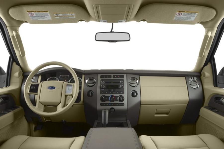 2014 Ford Expedition EL Photo 6 of 9