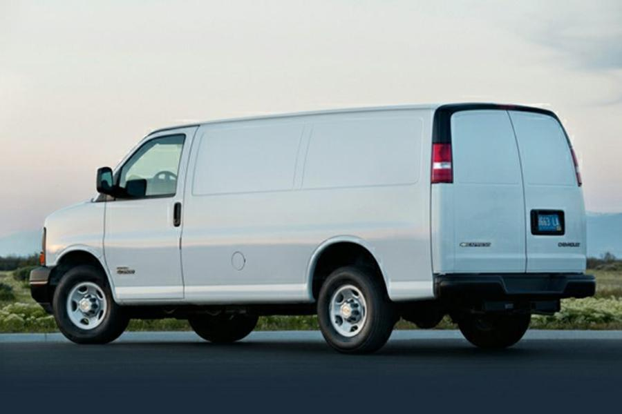 2013 Chevrolet Express 1500 Photo 2 of 6