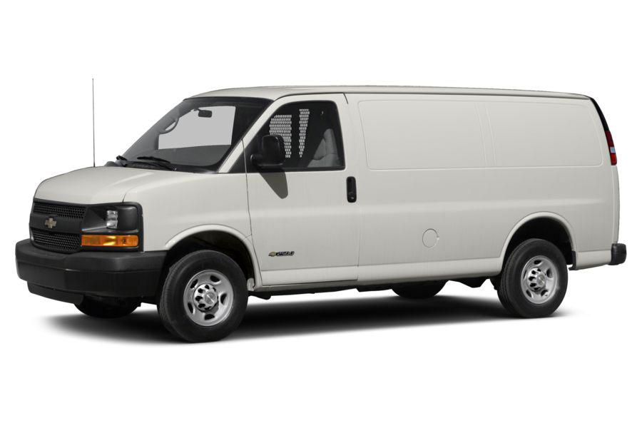 2013 Chevrolet Express 3500 Photo 2 of 9