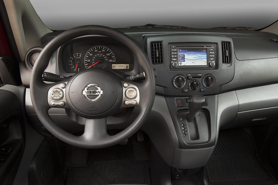 2013 Nissan NV200 Photo 5 of 9
