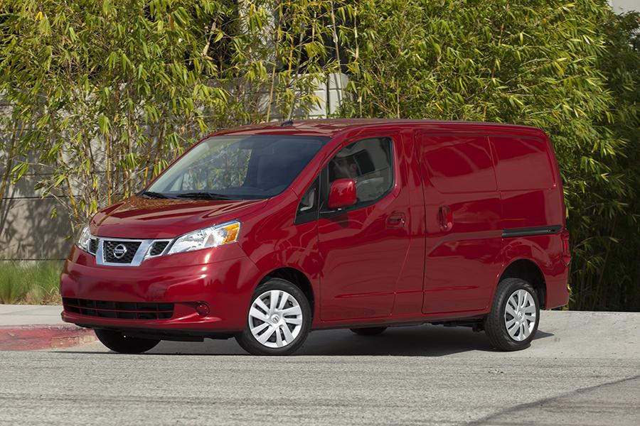 2013 nissan nv200 overview. Black Bedroom Furniture Sets. Home Design Ideas