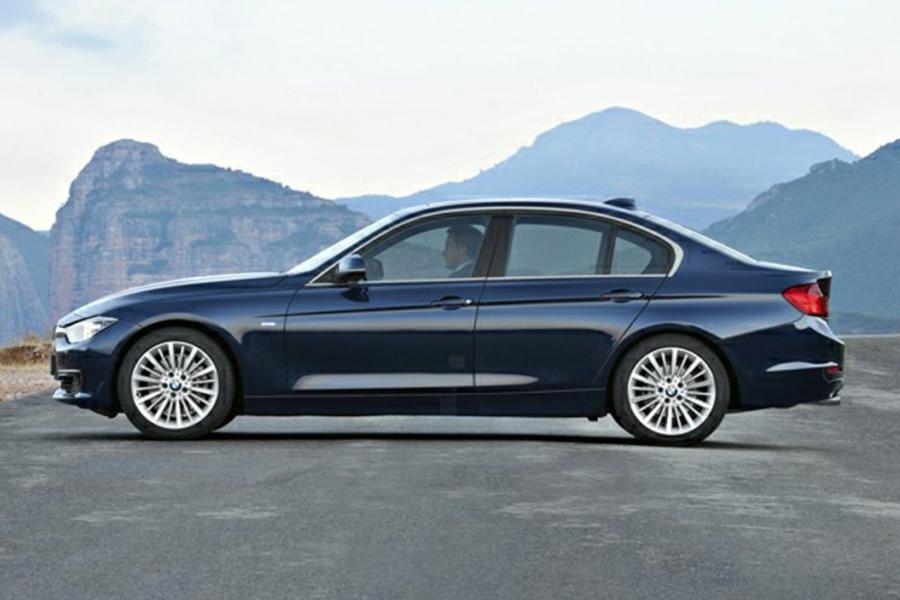 2015 BMW 320 Photo 4 of 7