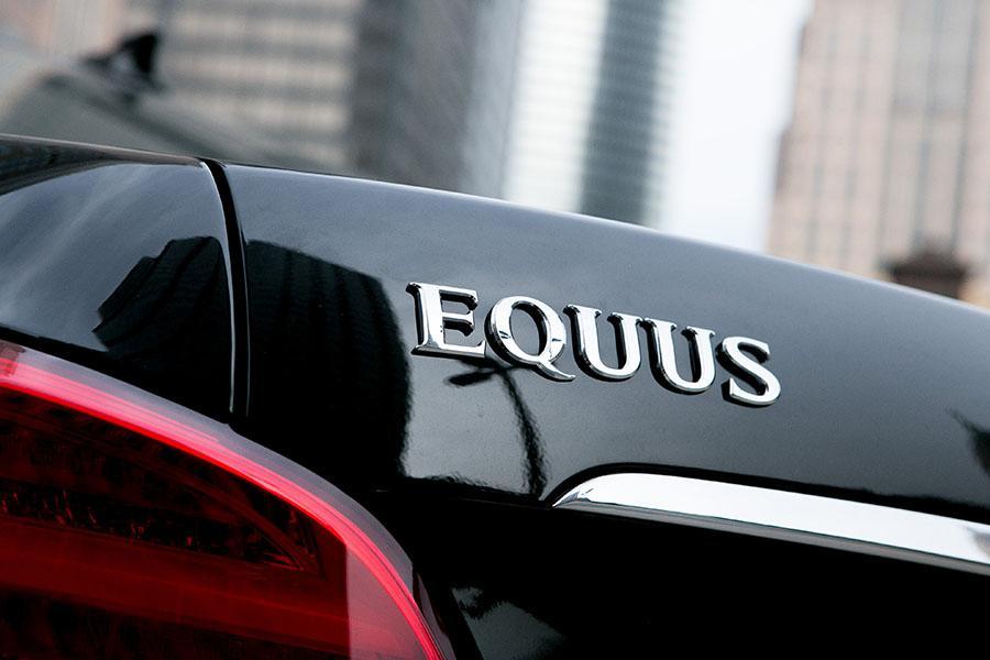 2015 Hyundai Equus Photo 6 of 35