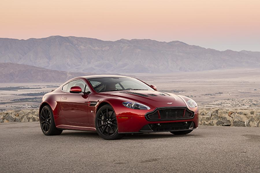 2015 Aston Martin V12 Vantage S Photo 3 of 28