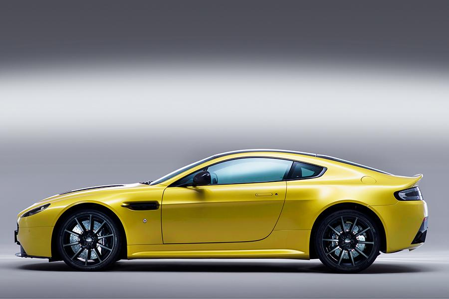 2015 Aston Martin V12 Vantage S Photo 6 of 28