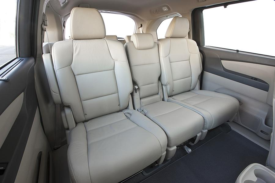 2015 Honda Odyssey Reviews Specs And Prices Cars Com