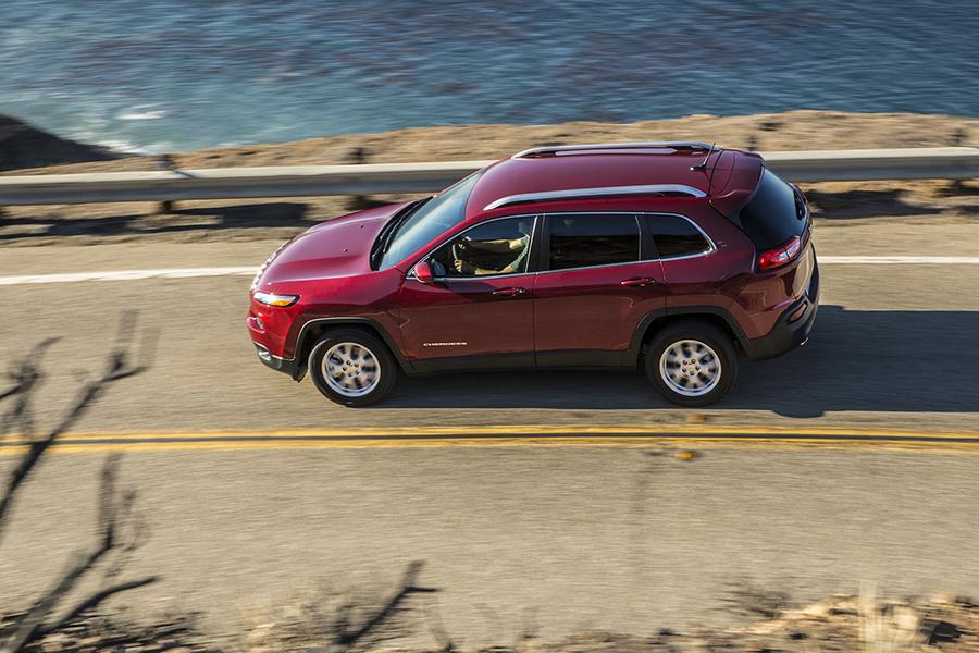 2015 Jeep Compass Photo 6 of 23