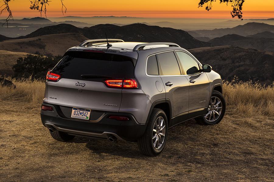 2014 Jeep Patriot For Sale >> 2015 Jeep Compass Specs, Pictures, Trims, Colors || Cars.com
