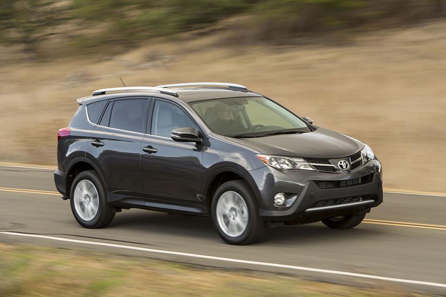 2015 Toyota Rav4 Overview Cars Com