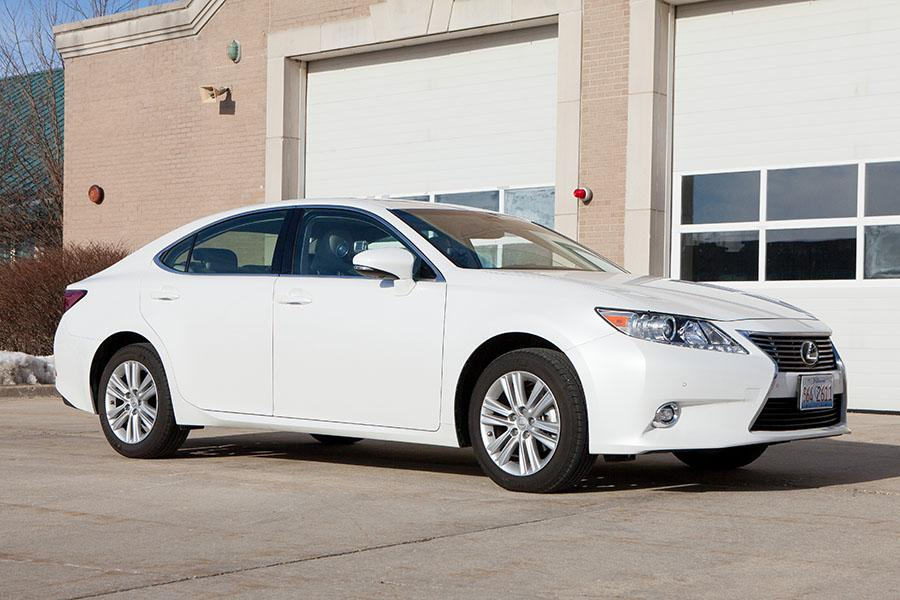 2015 lexus es 350 overview. Black Bedroom Furniture Sets. Home Design Ideas