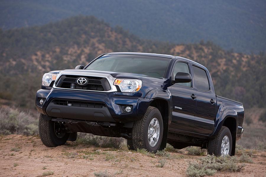 2015 Toyota Tacoma Overview  Carscom