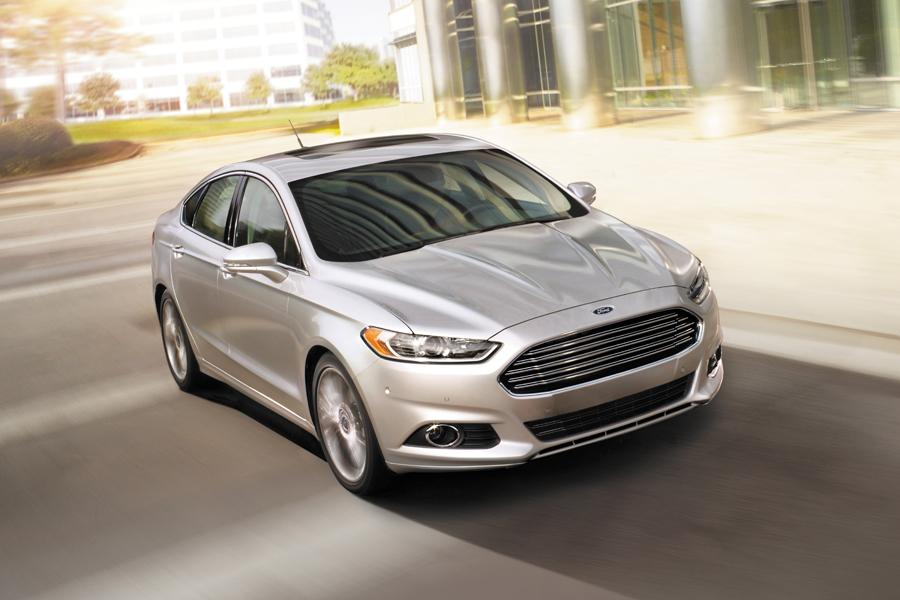 2015 Ford Fusion Photo 2 Of 11
