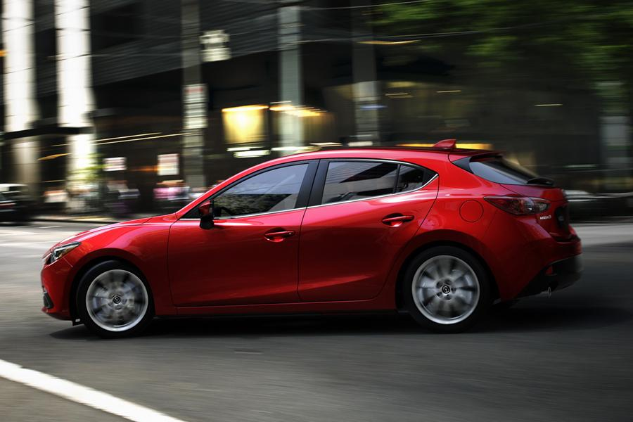 2015 mazda mazda3 overview. Black Bedroom Furniture Sets. Home Design Ideas
