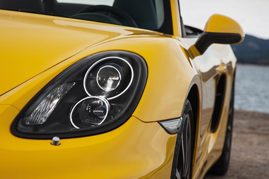 2015 Porsche Boxster Photo 5 of 23