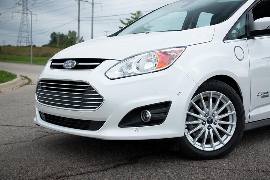 2015 ford c max energi reviews specs and prices. Black Bedroom Furniture Sets. Home Design Ideas