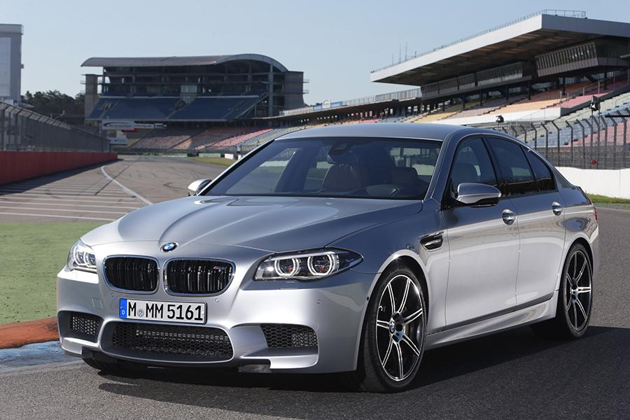 2015 BMW M5 Photo 1 of 7
