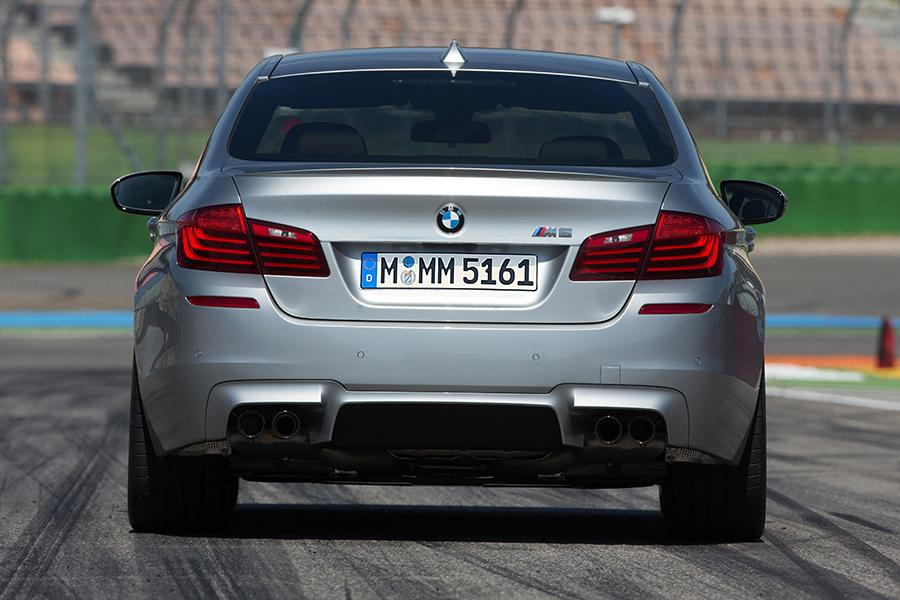 2015 BMW M5 Photo 6 of 7