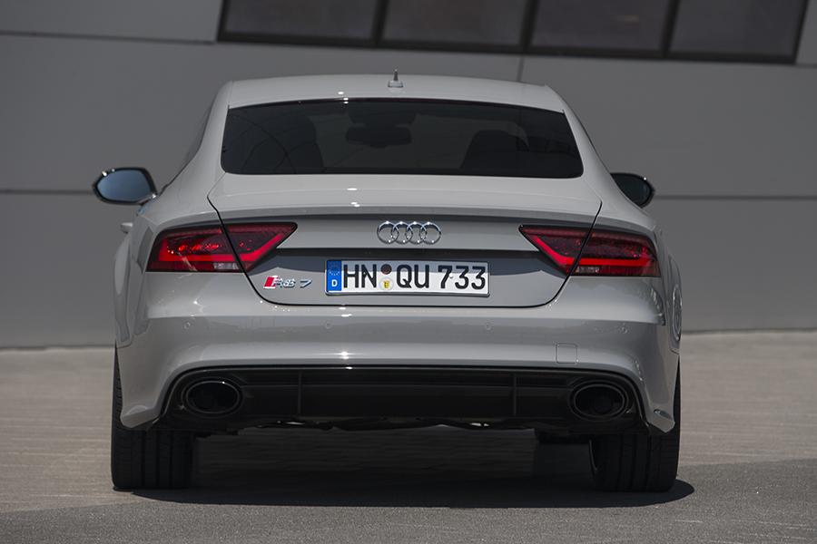 2015 Audi RS 7 Photo 4 of 32