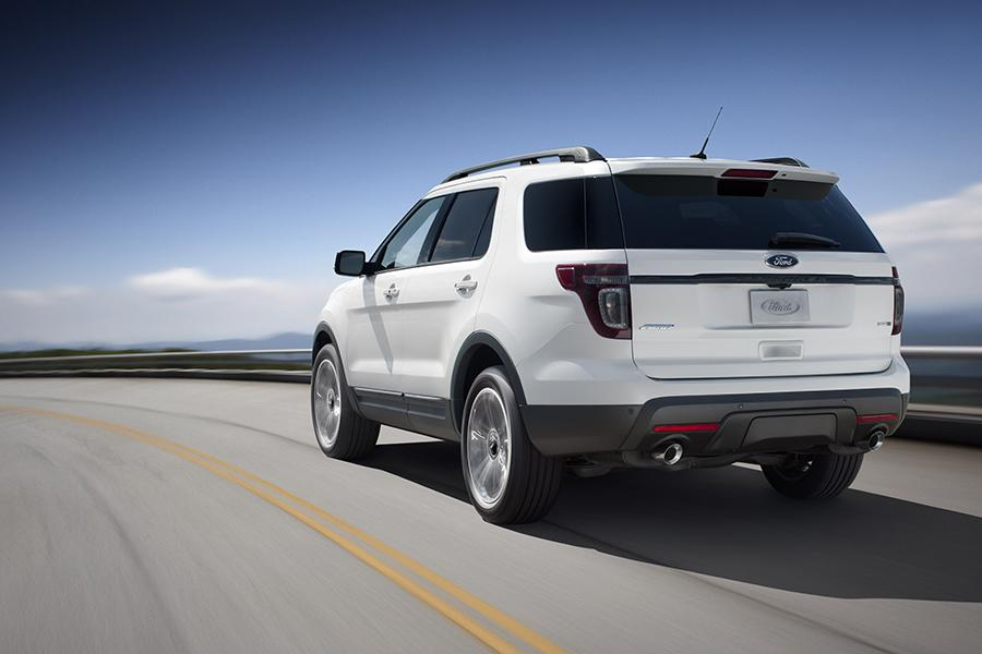 2015 Ford Explorer Photo 6 of 20