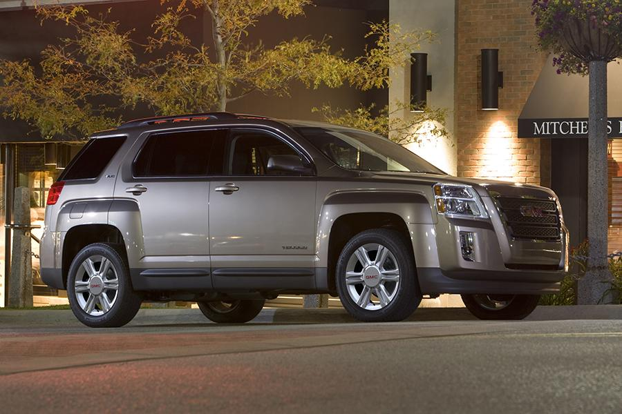 Gmc All Terrain X >> 2015 GMC Terrain Overview | Cars.com