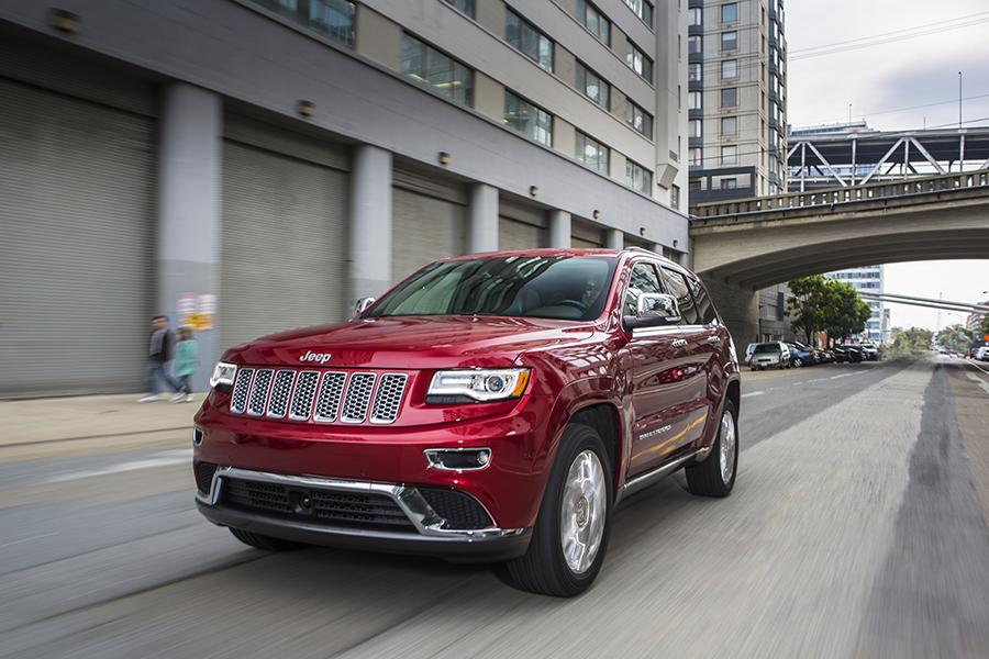 2015 Jeep Grand Cherokee Photo 3 of 20