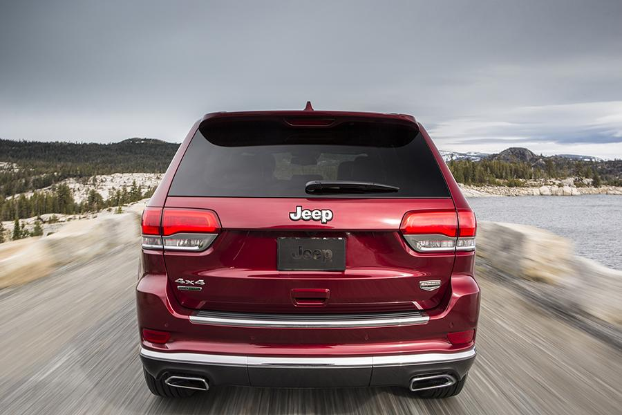 2015 Jeep Grand Cherokee Photo 4 of 20