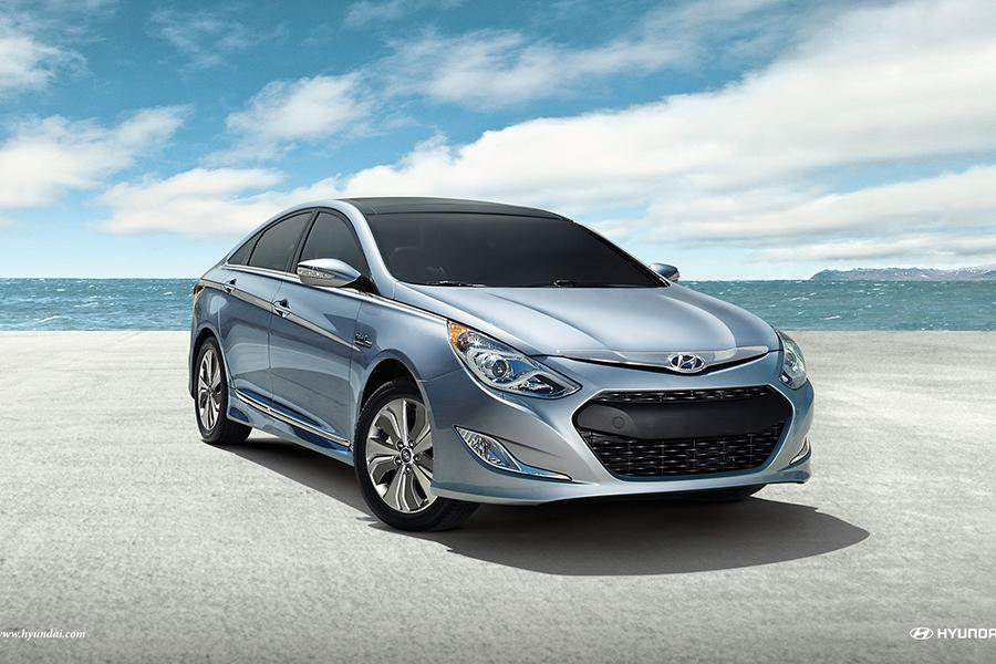 2015 hyundai sonata hybrid overview. Black Bedroom Furniture Sets. Home Design Ideas