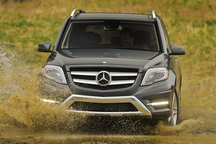 Mercedes benz glk class sport utility models price specs for Mercedes benz glk class