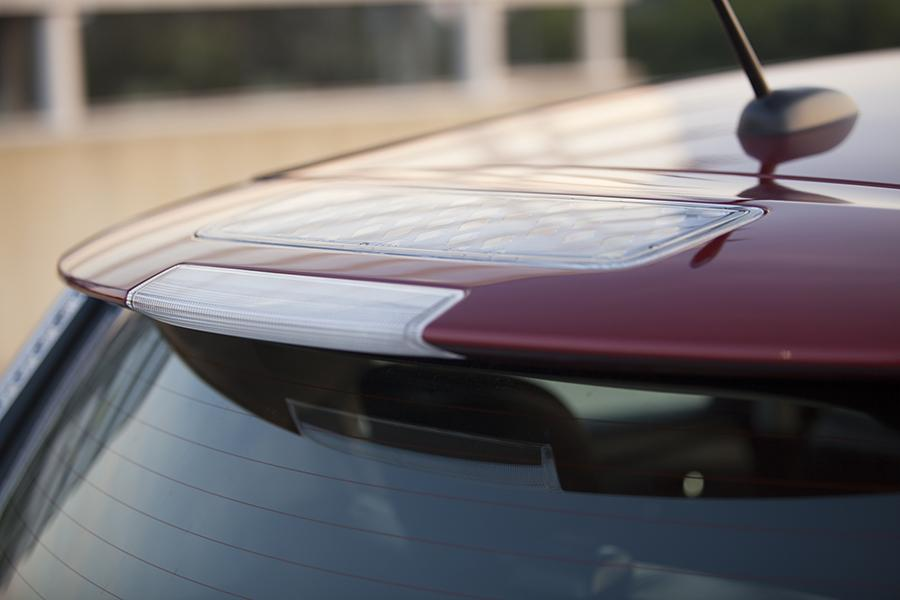 2015 Nissan Leaf Photo 3 of 29