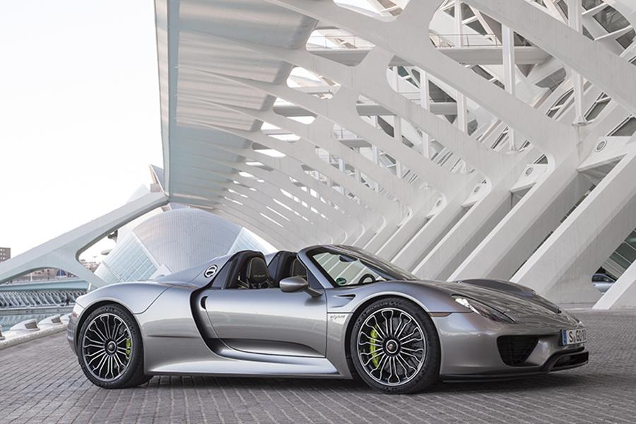 2015 porsche 918 spyder photo 6 of 11