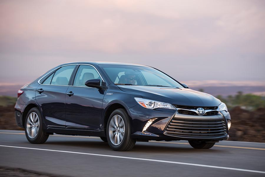 toyota camry 2015 le. 2015 toyota camry hybrid photo 4 of 15 le