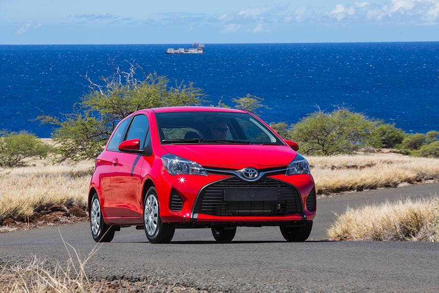 2015 Toyota Yaris Photo 1 of 13
