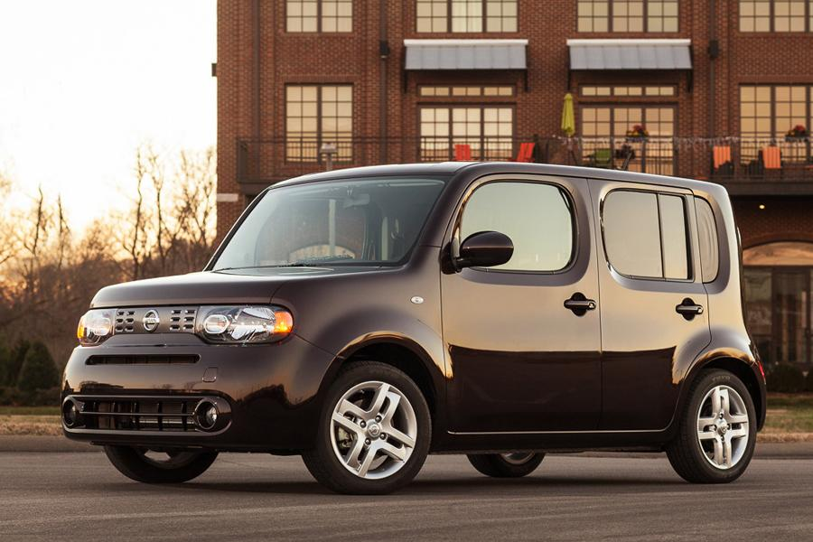 2013 Nissan Cube Photo 1 of 24