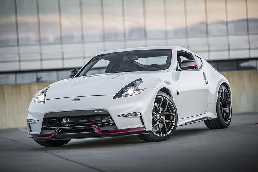2015 Nissan 370Z Photo 1 of 8