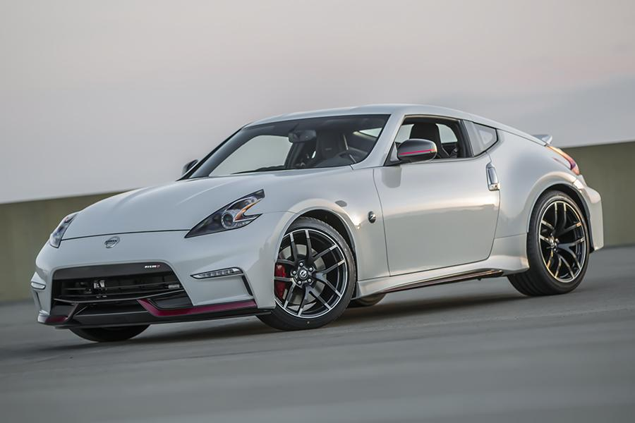 2015 Nissan 370Z Photo 3 of 8