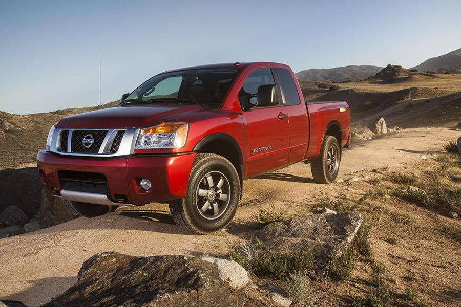 2015 nissan titan reviews specs and prices. Black Bedroom Furniture Sets. Home Design Ideas