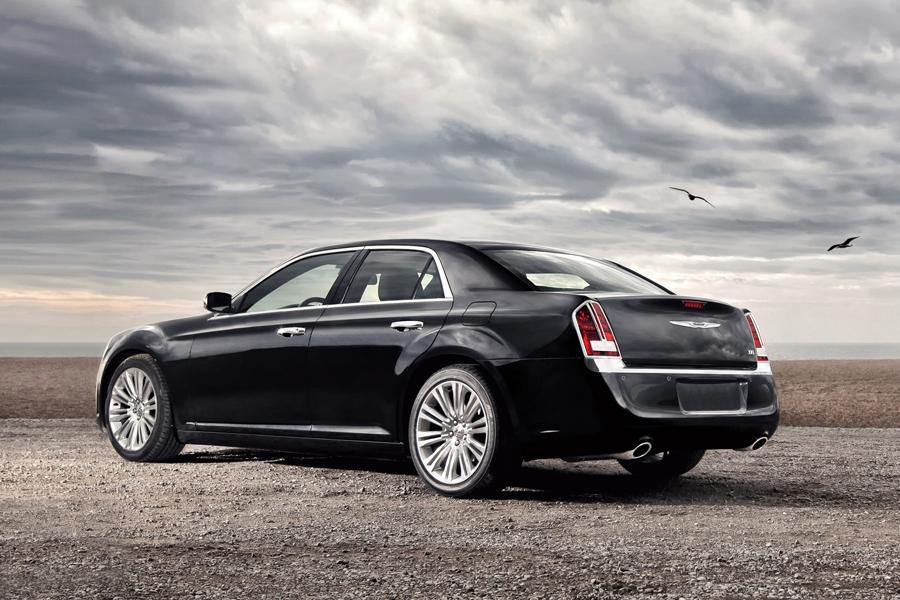 2015 Chrysler 300 Overview  Carscom