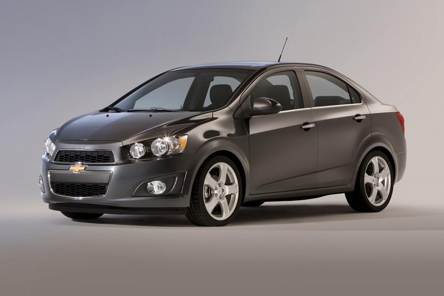 2015 Chevrolet Sonic Photo 1 of 11