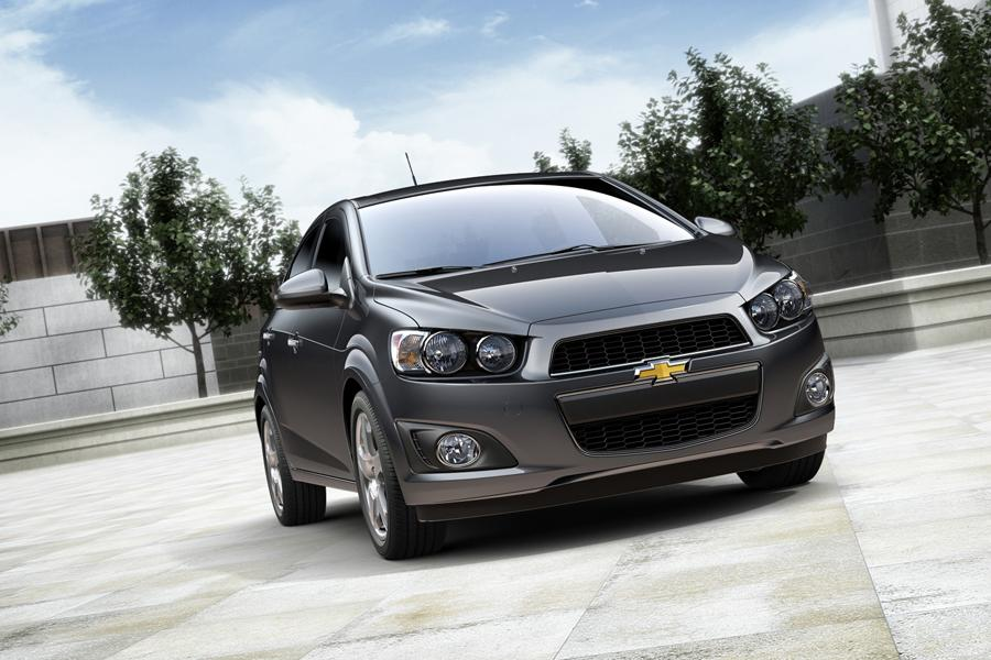 2015 Chevrolet Sonic Photo 5 of 11