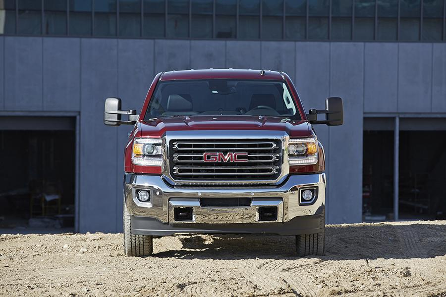 2015 GMC Sierra 2500 Photo 6 of 14