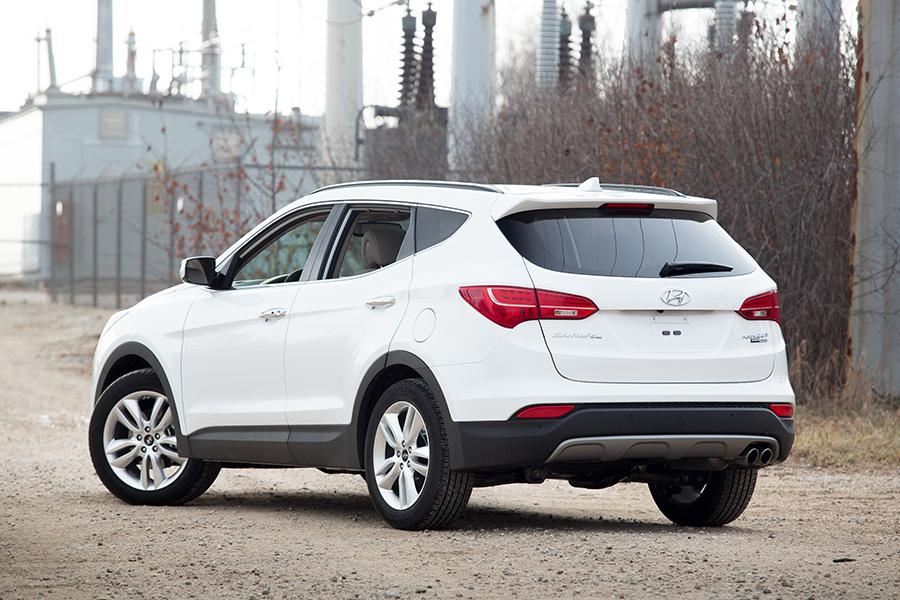 2015 hyundai santa fe sport reviews specs and prices. Black Bedroom Furniture Sets. Home Design Ideas