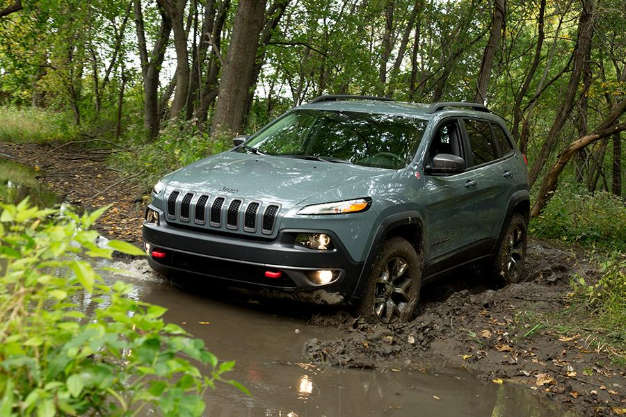 2015 Jeep Cherokee Photo 6 of 15