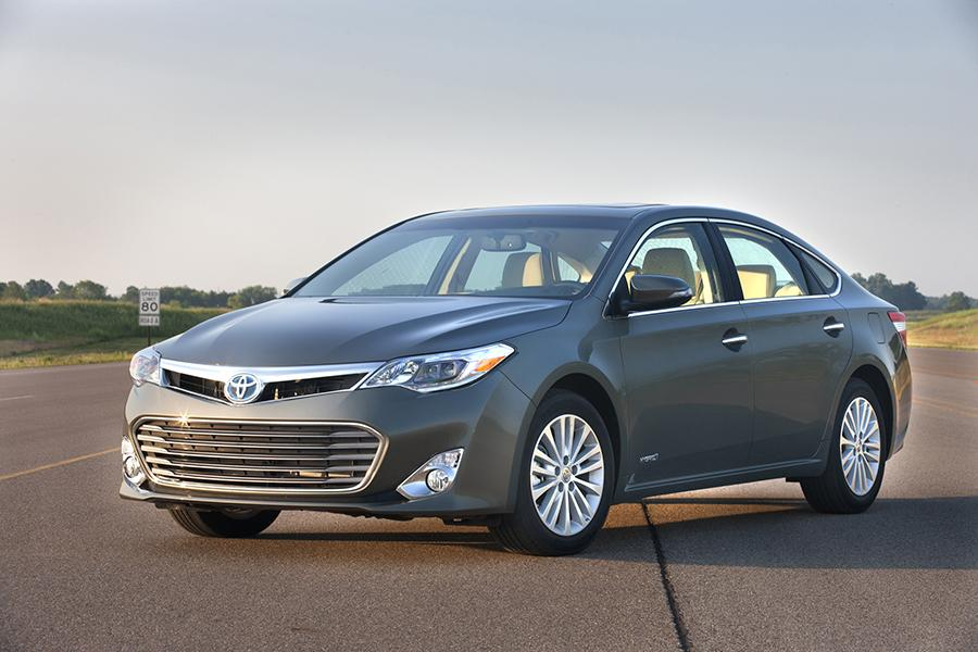 2015 toyota avalon hybrid overview. Black Bedroom Furniture Sets. Home Design Ideas