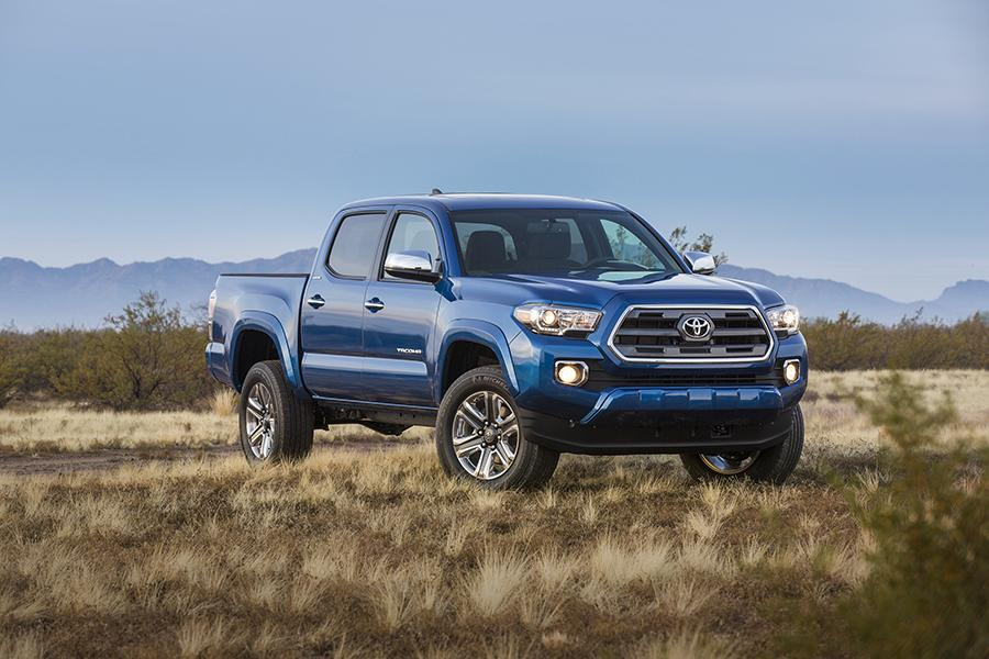 2016 Toyota Tacoma Photo 1 of 19