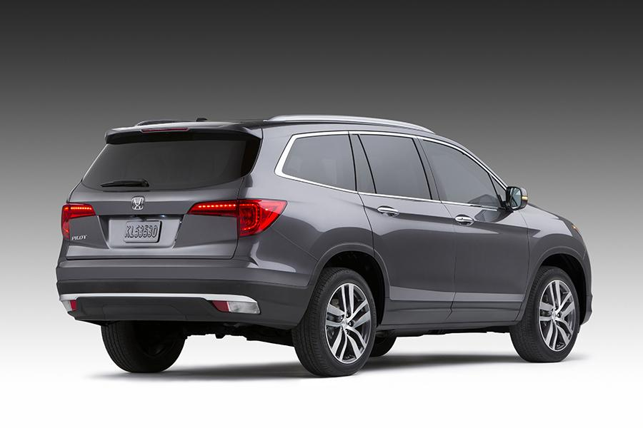 2016 Honda Pilot Overview Cars Com