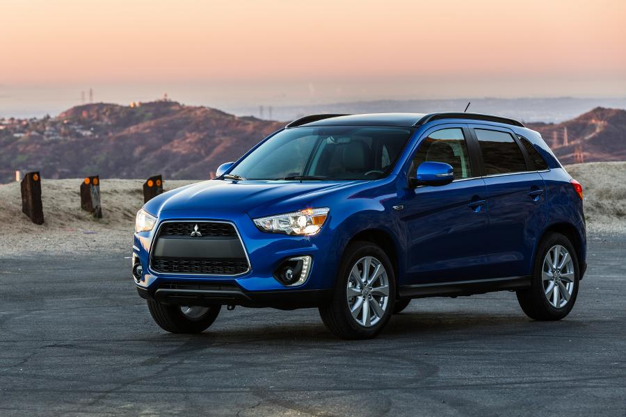 2015 mitsubishi outlander sport overview. Black Bedroom Furniture Sets. Home Design Ideas